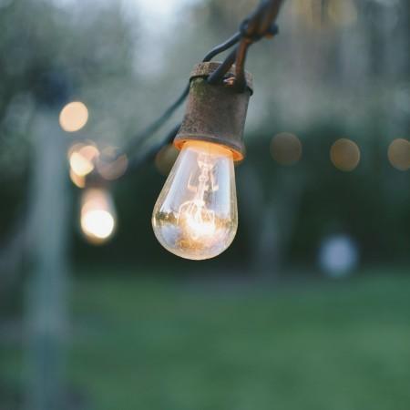 Jak dobrać prawidłowe natężenie oświetlenia w pomieszczeniu?
